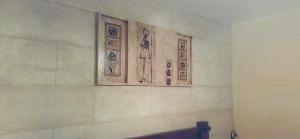 Estuco travertino imitación piedra por Pintura Industrial y Decorativa A. Barranquero en Fuengirola