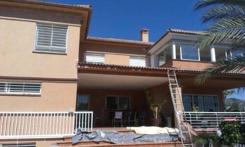 Restauración y reparaciones de humedad en fachada por pinturas a.barranquero